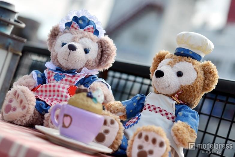 達菲熊與雪莉玫新年在東京迪斯尼海洋玩花樣 日本頻道 人民網