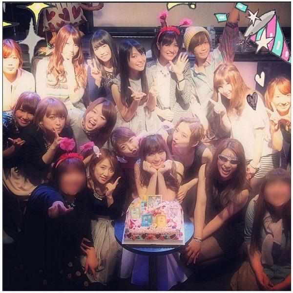 小嶋阳菜迎来26岁生日 AKB48超豪华阵容举办