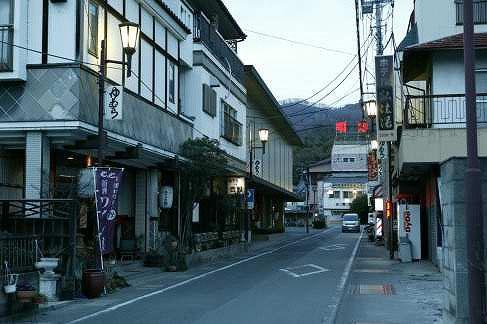 【日本旅游攻微】地脊梨县,富士地脊根丫儿子下的日本桃