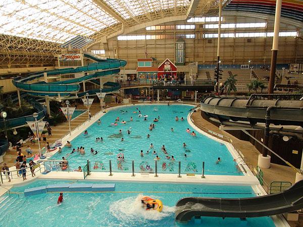 福岛县·Spa Resort Hawaiians温泉度假村中的水上乐园