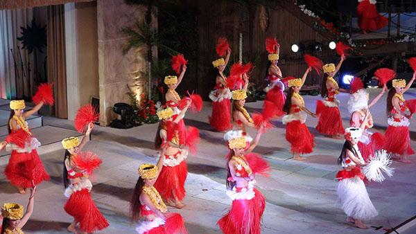 福岛县·Spa Resort Hawaiians温泉度假村上演的歌舞