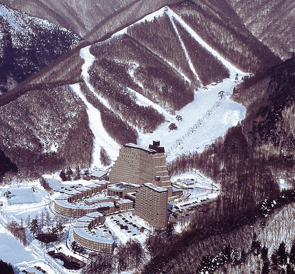 LISTEL酒店滑雪场全景
