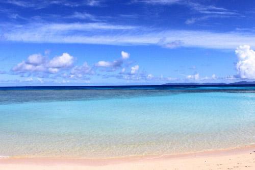 冲绳自由行·冲绳旅游景点:北浜海滩