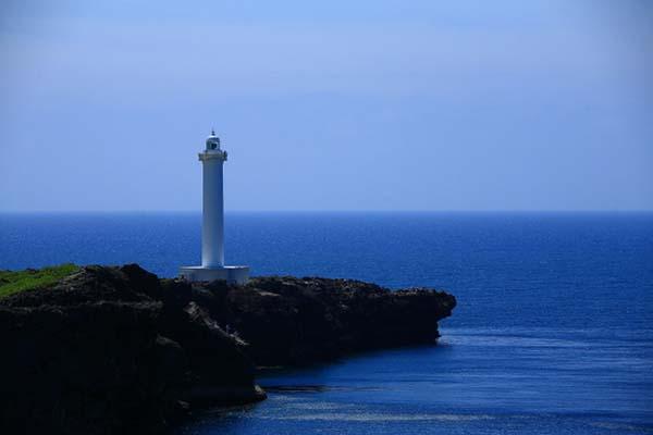 【日本旅游】冲绳自由行必去景点:残波岬灯台