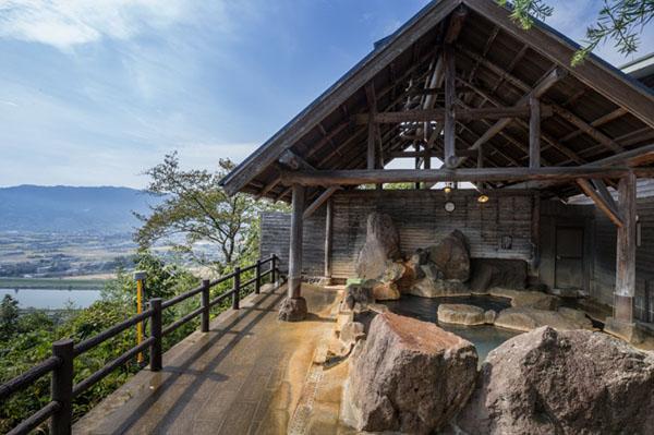 【日本旅游】九州旅游景点:福冈原鹤温泉