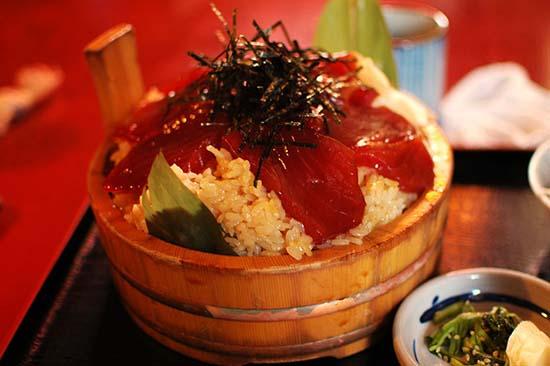 【日本旅游】美食发现:三重县的美食浦城美食豆腐丸图片