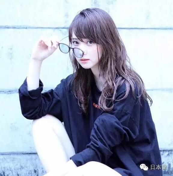 日本医大美女美女100%复制佐佐木希?简直就抱起长相强行图片