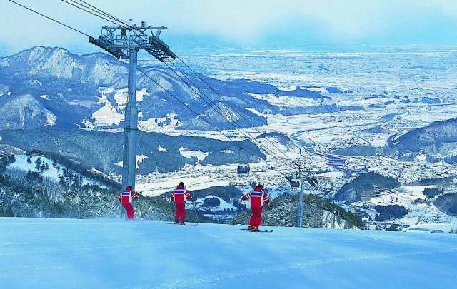 青森中学生滑雪比赛更改场地 八甲田国际滑雪场从大鳄