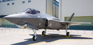 美军在日本基地完成首个F35飞行队海外部署