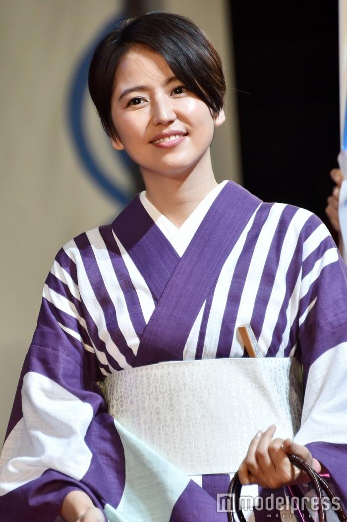 """长泽雅美自爆在真人版电影《银魂》中史上首次""""变脸"""""""