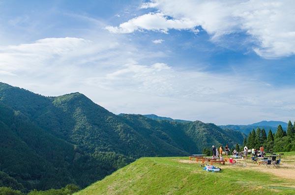 日本旅游自由行不妨切换成宿营模式 十大美景露营地召唤你