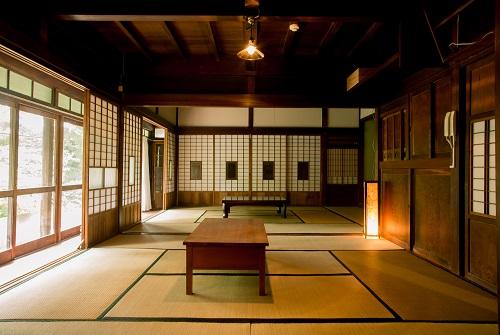 将古建筑盘活成旅游资源 日本促地方自治体制定条例提供法律支撑