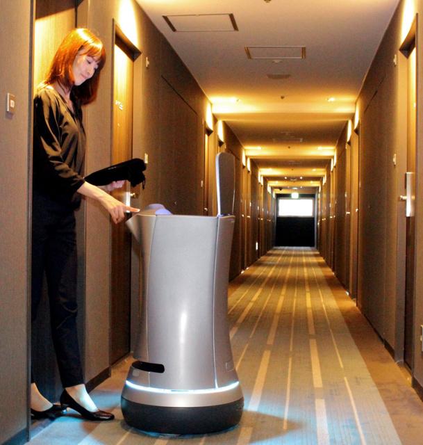 东京王子酒店引进行李运送机器人 节省人力资源