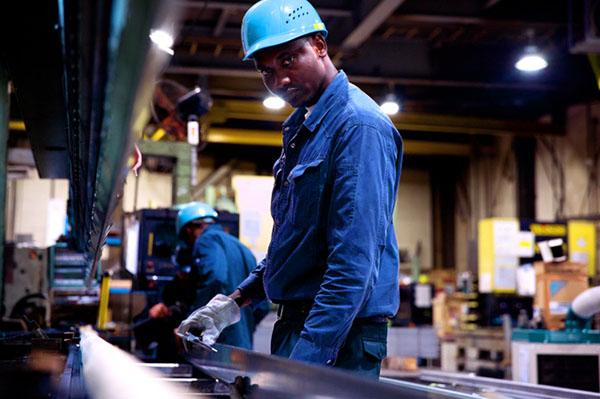 日本神奈川县一工厂有7成外国工人 一视同仁很重要