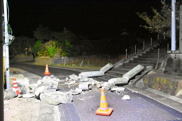 日本岛根县发生6.1级地震4人受伤 或发生同级别余震