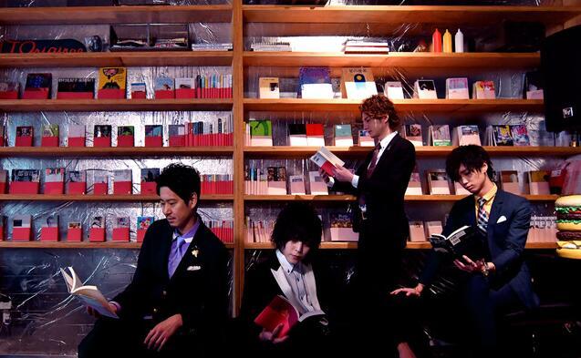 日本东京风俗街开设贩卖爱情的书店