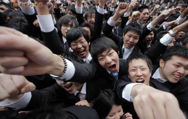 日本大学毕业生就业率连年增长 高中生就业率创历史记录