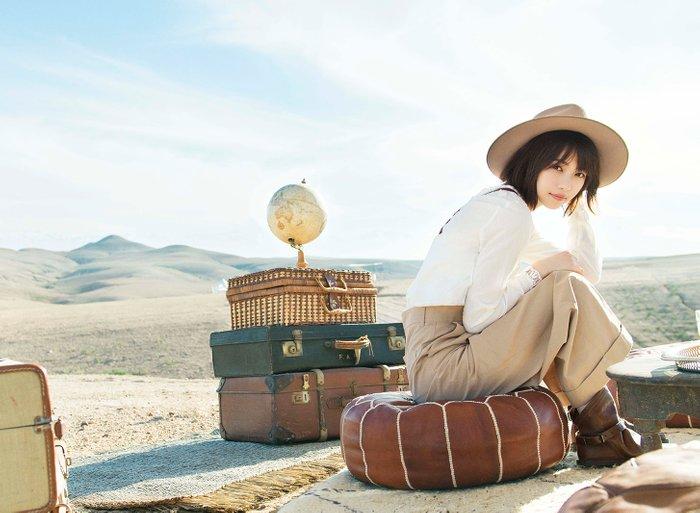 """""""乃木板46""""成员西野七濑的新写真集畅销 一天卖出12万册"""