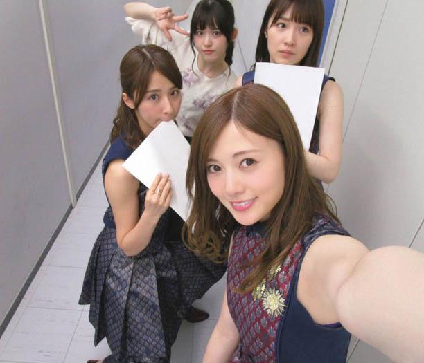 乃木坂46写真集《乃木撮》发售前紧急加印5万部 累计突破25万部