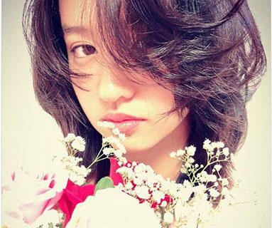 木村拓哉的次女Koki在Instagram上的粉丝突破100万