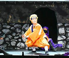 【新派歌舞伎《NARUTO》】        最近,新疆福彩时时彩位于东京银座的新桥演舞场正在上演一部改编自漫画《火影忍者》的歌舞伎火了...