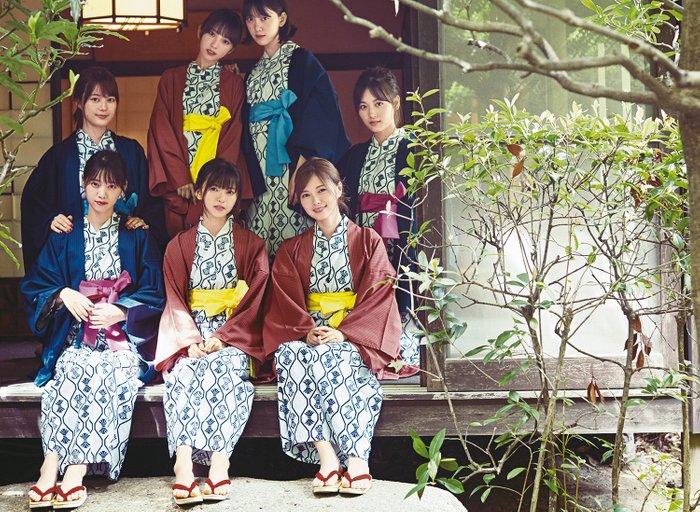 乃木坂46组合的39名成员亮相《anan》杂志