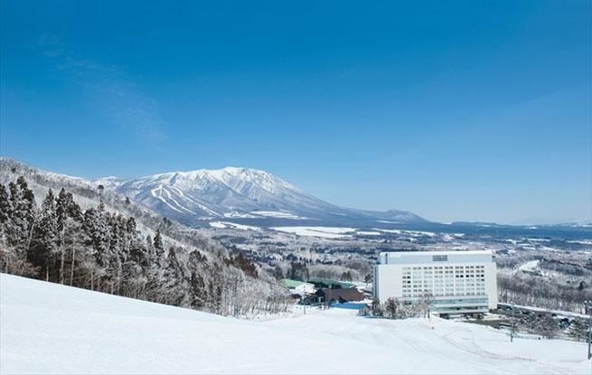 为迎接海内外滑雪游客 日本岩手县滑雪场开始做万全准备