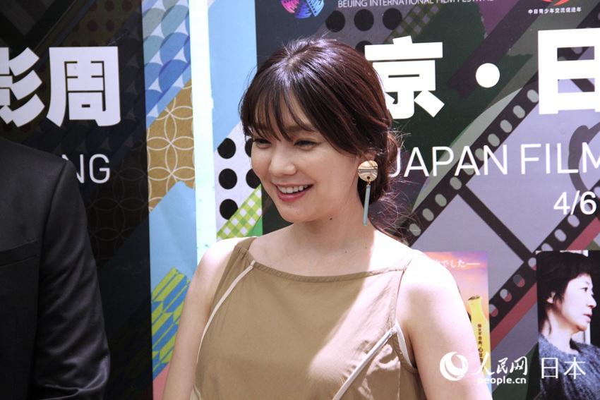 日本女演员仓科加奈首次来华爱上中国美食公美食海门大世界文峰新图片