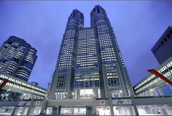 再创新高!东京都7日新增确诊病例2447例