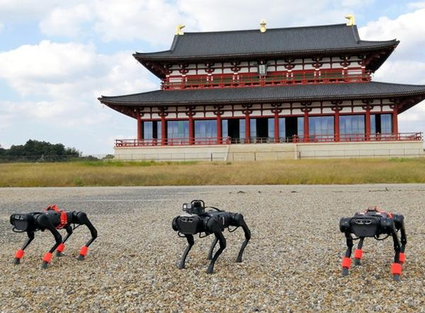 日本利用四脚机器人进行公园巡查实证试